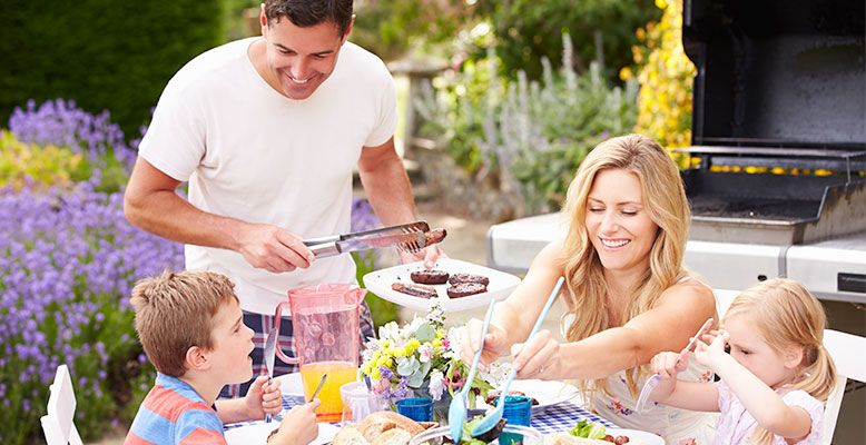 Five Tips for the Busy Parents' Backyard BBQ