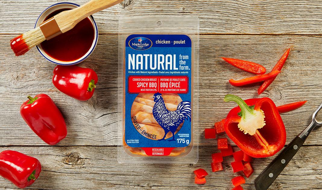 Poitrine de poulet cuite, saveur BBQ épicé Natural From The Farm (émincée)